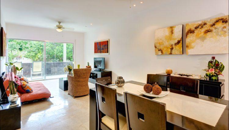 la-vista-dining-room