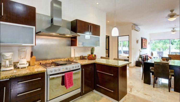 la-vista-kitchen