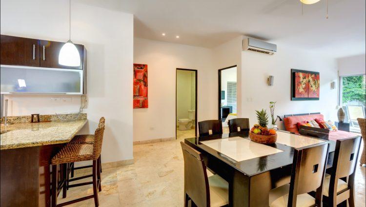 la-vista-kitchen-dining-room