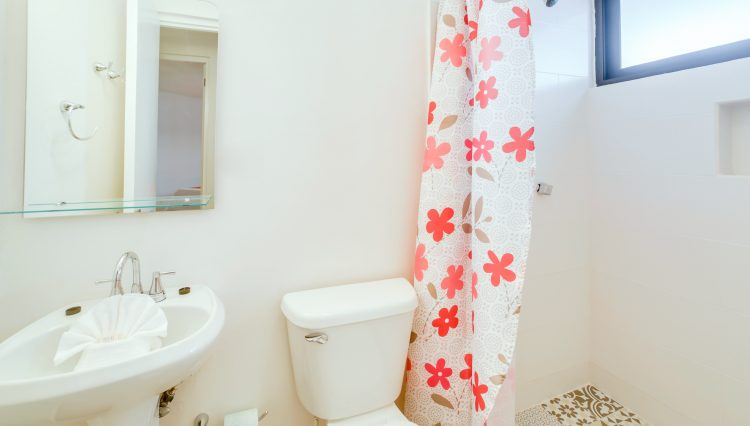 CONDO_1_bathroom