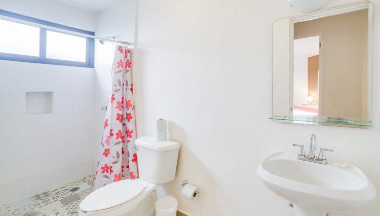 CONDO_9_bathroom
